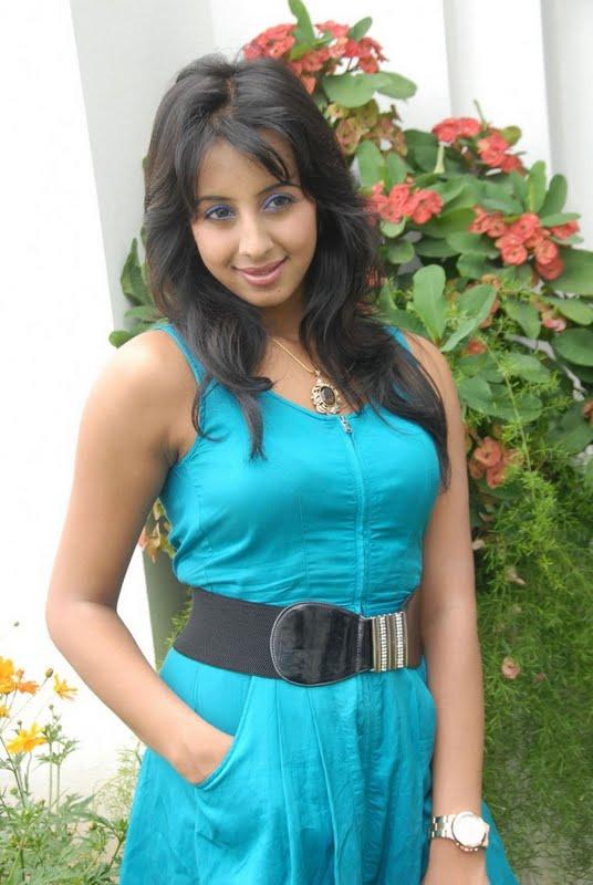 Kannada Mallu Actress Sanjana Latest Photos