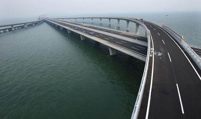 Самый большой морской мост
