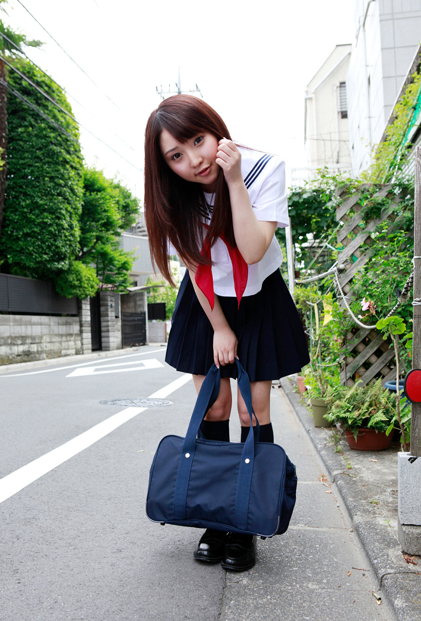 yoshiko suenaga sexy schoolgirl cosplay 03