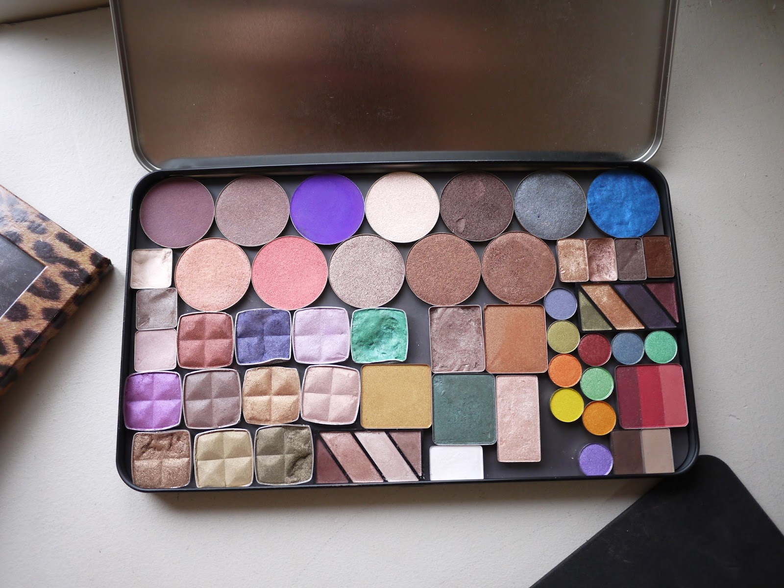 make up for ever empty palette versus z palette comparison