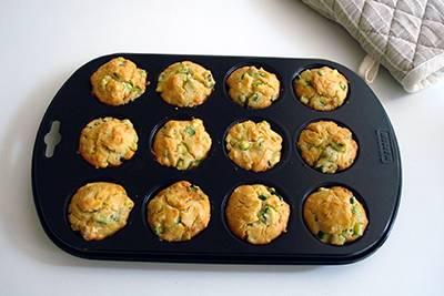 Muffin zucchine e acciughe 8