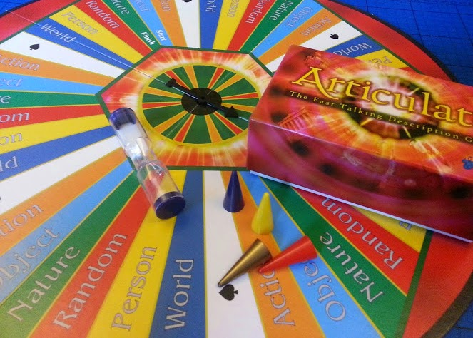 Articulate board game review box contents
