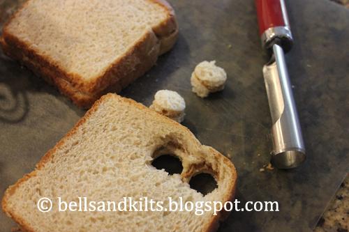 how to make a pb&j sandwich mess free