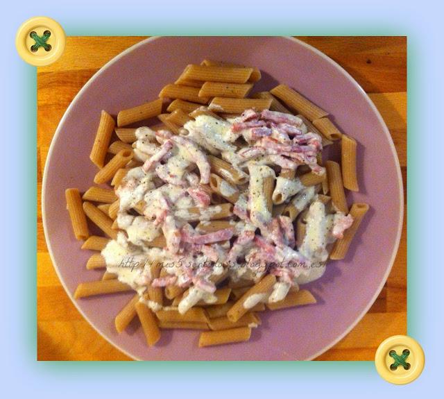 Macarrones Integrales con Salsa de Bacon y Nata