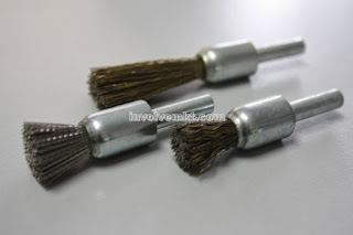wire brushes, end brushes
