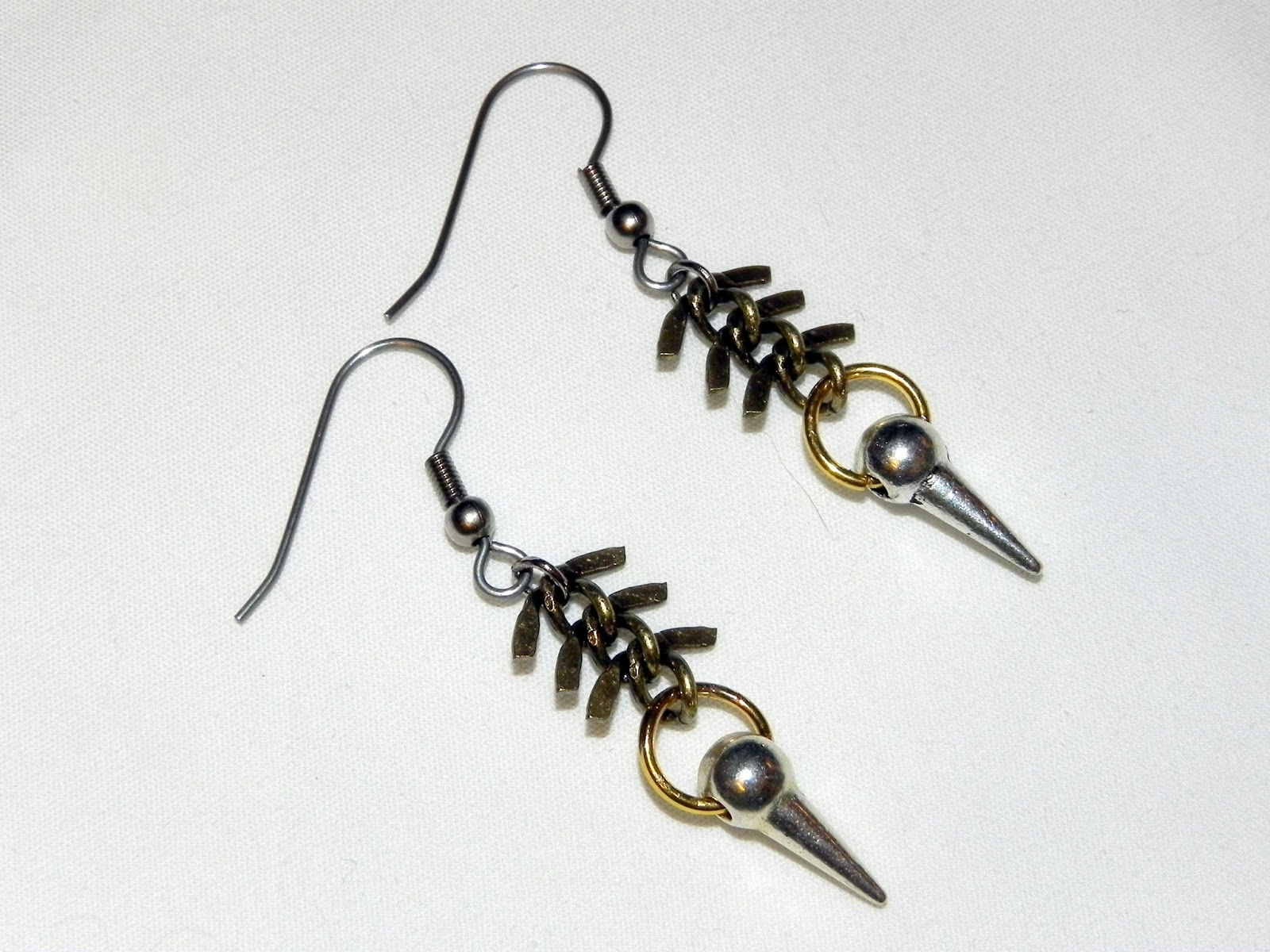 smart n snazzy: diy ~ fishbone n spike earrings