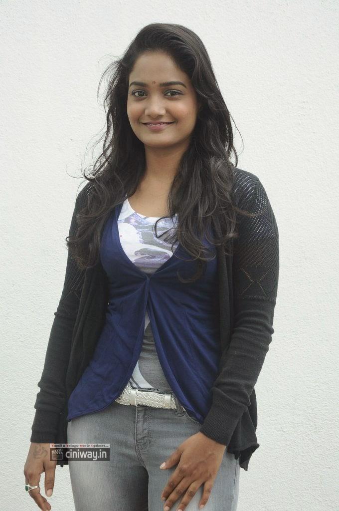 Actress Parvathi New Stills
