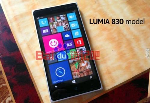 Display da 4,5 pollici hd e fotocamera posteriore da 20 mega pixel per il Lumia 830