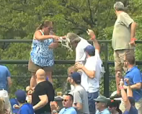 Cubs fan wife dumps beer on husband