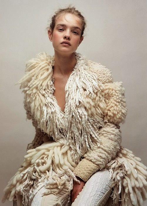 el bosque de lana con flecos cortos largos en bucle exagerados. Black Bedroom Furniture Sets. Home Design Ideas