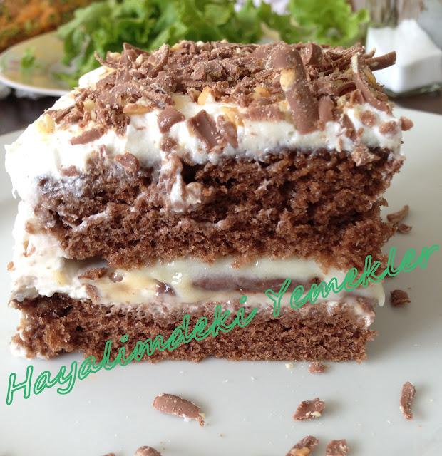 Muhallebili ıslak kek tarifi,resimli Muhallebili ıslak kek pastası nasil yapilir