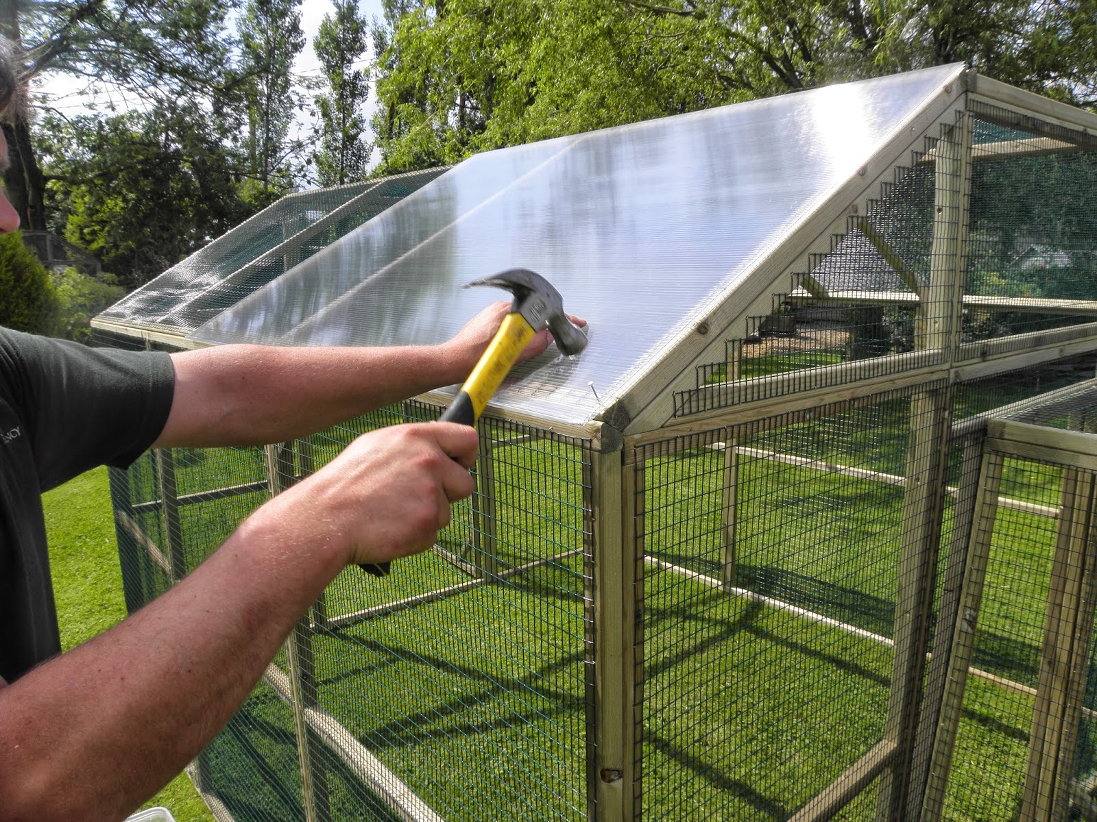 Weather Protection for a Poultry Protection Pen