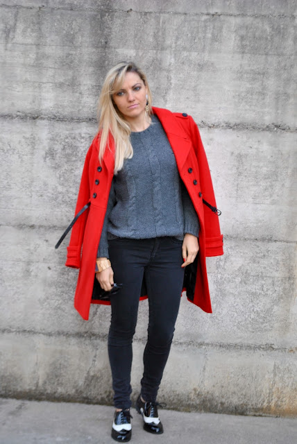 outfit cappotto rosso come abbinare il cappotto rosso abbinamenti cappotto rosso cappotto rosso street style red coat outfit how to wear red coat how to combine red coat red coat street style outfit casual invernale casual winter outfit outfit outfit casual invernali outfit da giorno invernale outfit dicembre 2015 december outfit casual winter outfit mariafelicia magno fashion blogger colorblock by felym fashion blog italiani fashion blogger italiane blog di moda blogger italiane di moda fashion blogger bergamo fashion blogger milano fashion bloggers italy italian fashion bloggers influencer italiane italian influencer