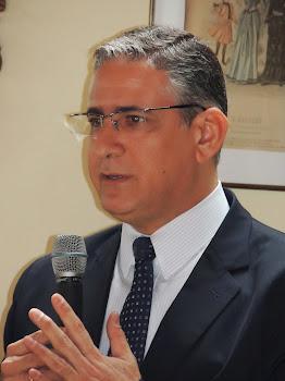 Wilson Risolia faz palestra para mestrandos na UFJF
