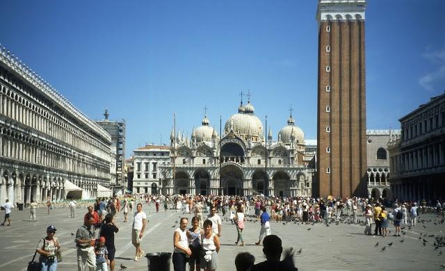 Venezia, un'alternativa al passaggio davanti San Marco