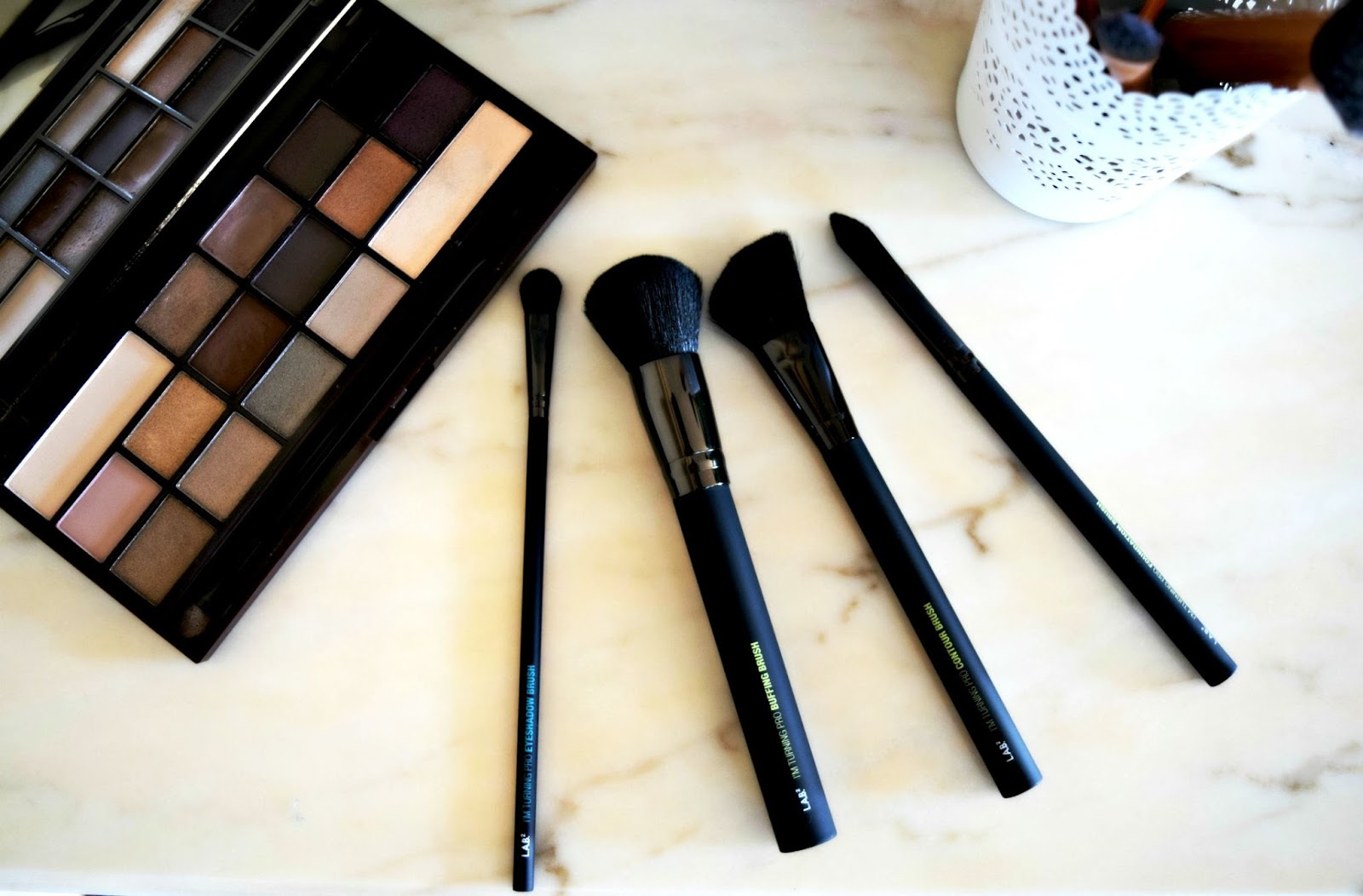 I'm Turning Pro brush kit Lab2Beauty