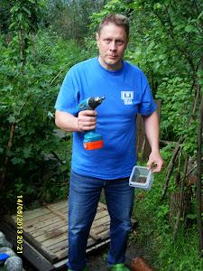 Tarjoamme muutto- ja kantoavun lisäksi monenlaisia palveluita esim puutarhatarvikkeiden kokoamista