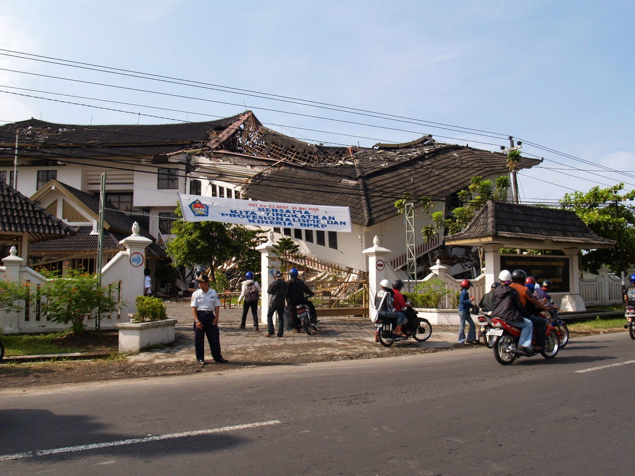 gempa-dangkal