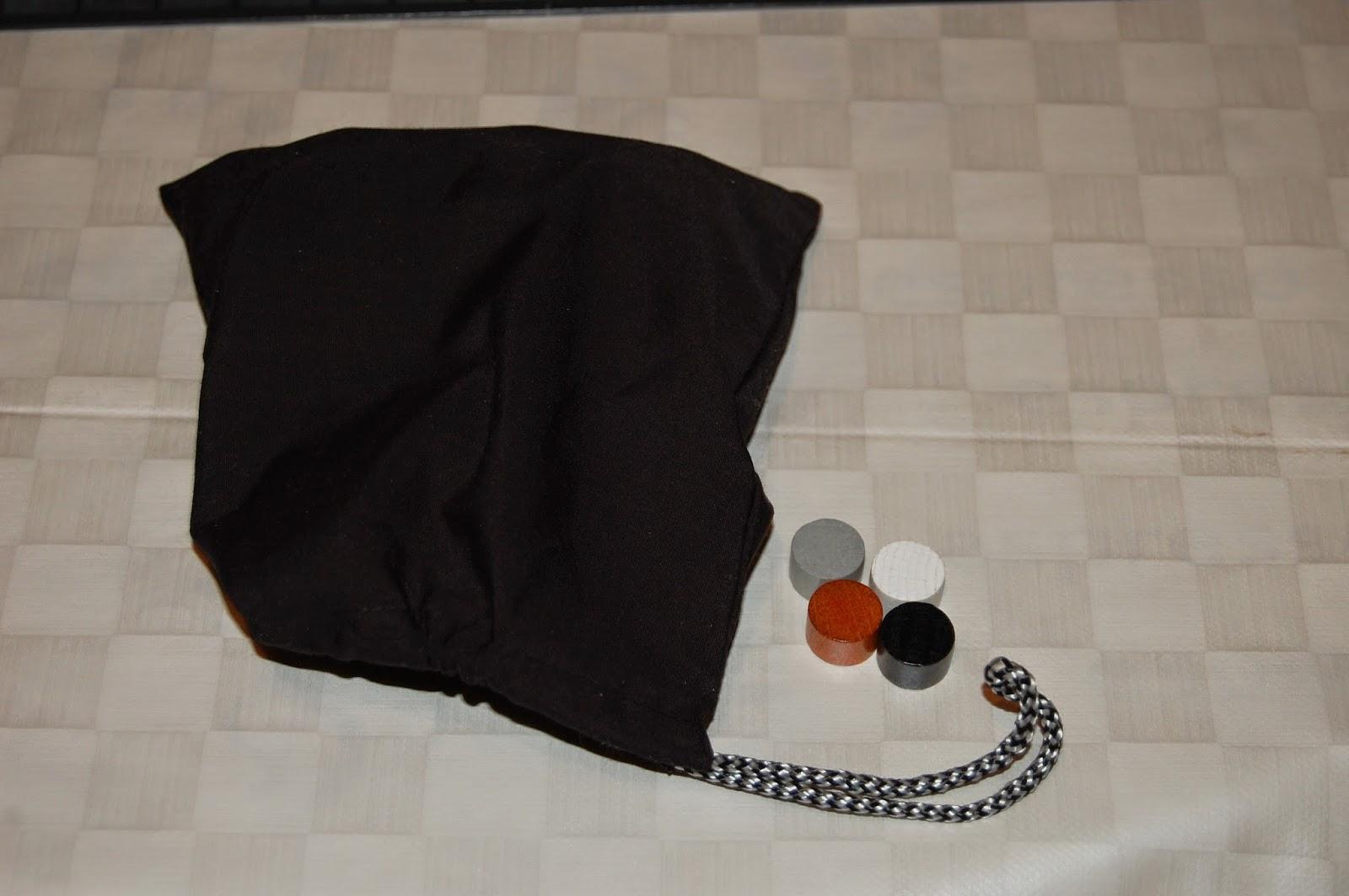 Bolsa de tela y marcadores de puntuación