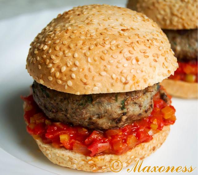 Ковбойские гамбургеры. Американская кухня.