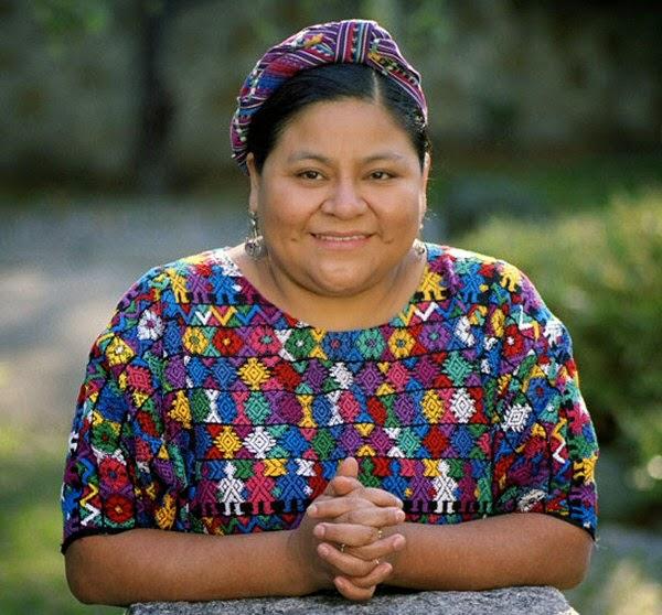"""""""Me considero una mujer militante de aquellas causas que todavía no tienen voz"""" (Rigoberta Menchu)"""