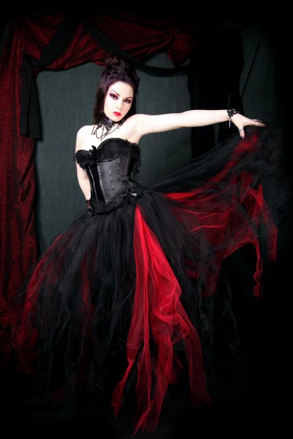 Hottest red black gothic bridal wedding gowns for Black gothic wedding dress