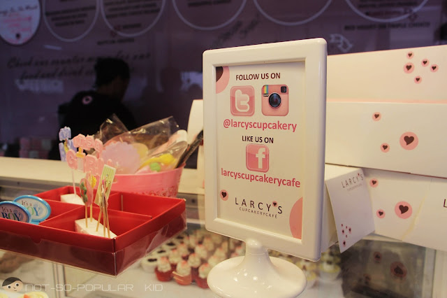 Follow Me: Larcy's Cupcakery in Social Media