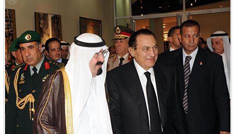 شاهد ماذا حدث للرئيس الاسبق مبارك بعد علمة بوفاة الملك عبدالله وماذا فعل ؟