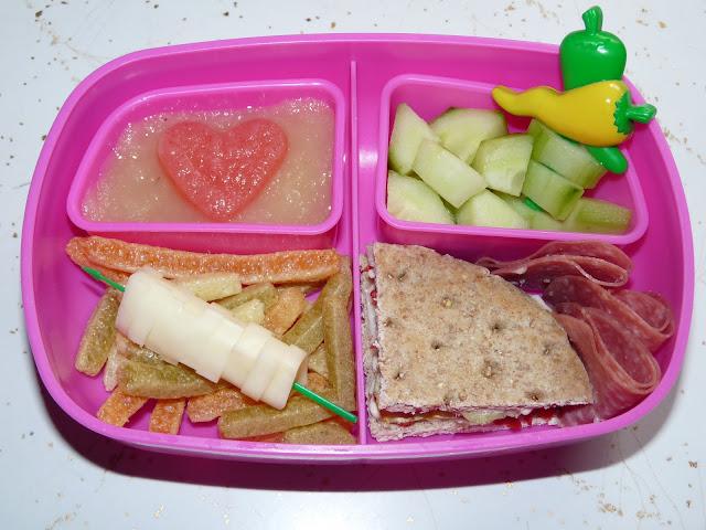 applesauce bento lunch