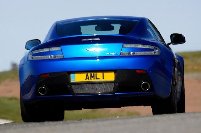 2012-Aston-Martin-V8-Vantage-S-back-exterior