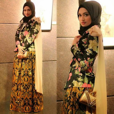 Baju atasan muslim bermotif floral