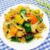 Cách nấu món Thịt gà xào thơm, cà rốt, dưa leo cho bé từ 2 đến 3 tuổi
