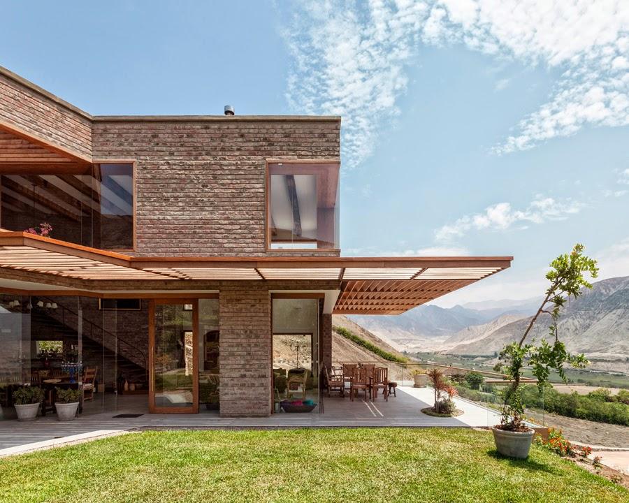 Rafael freyre arquitectura casa en azpitia for Moderne bauweise