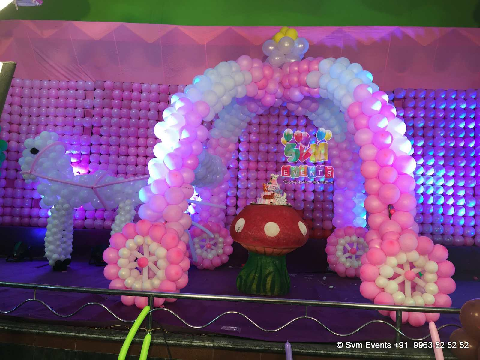 Svm events chariot theme for kids 1st birthday party and for Balloon decoration ideas for 1st birthday