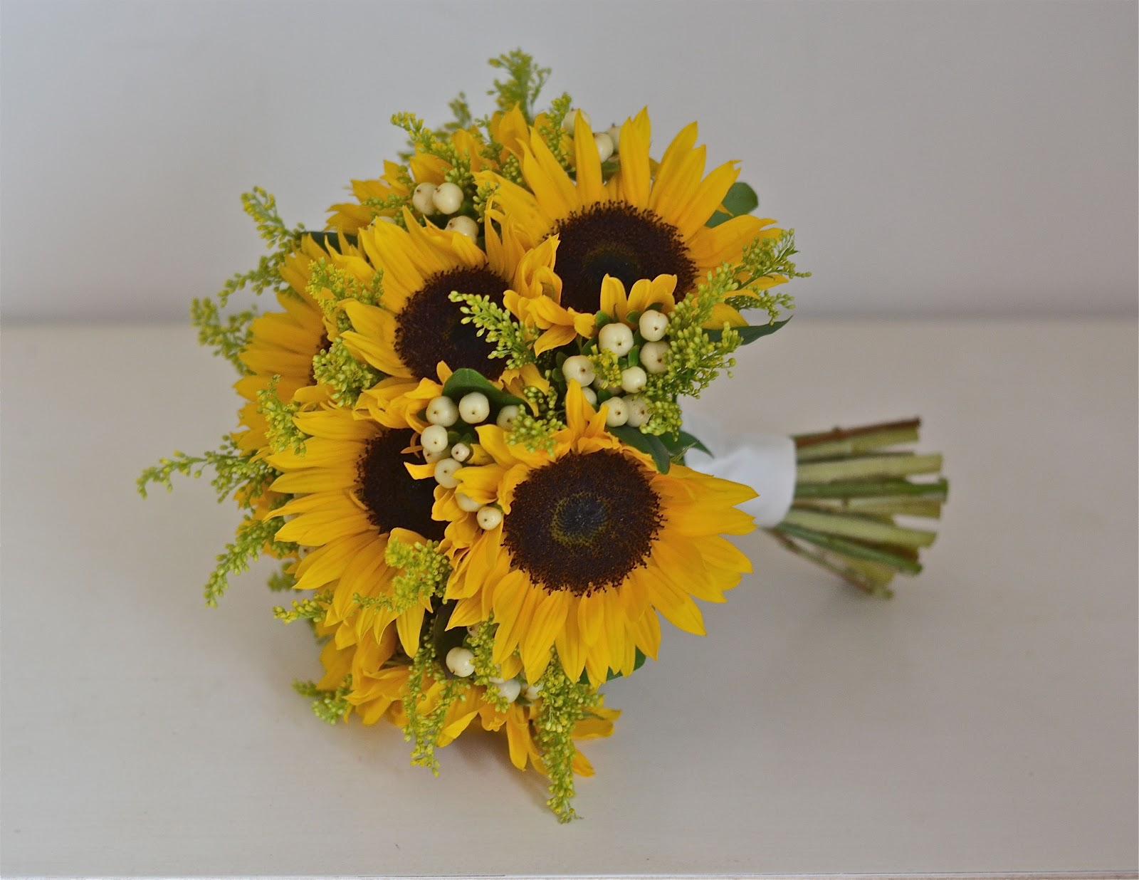 Bridesmaid Bouquets Sunflowers : Wedding flowers becky s sunflowers