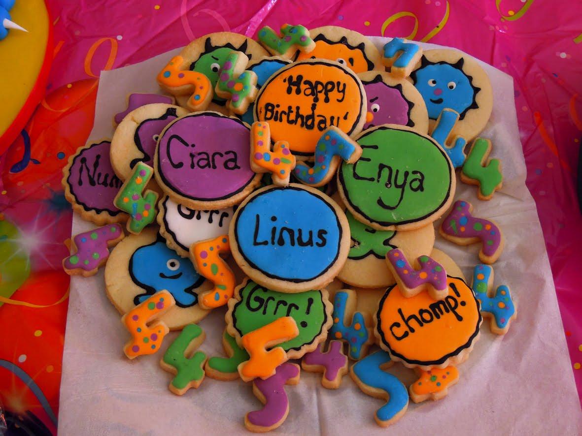 http://2.bp.blogspot.com/-ScOxy_XhVIk/TmfIlApIz5I/AAAAAAAABQQ/dUafrdfCIhY/s1600/Biscuits.jpg