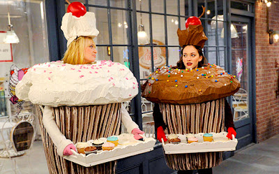 Season Two 2 Broke Girls