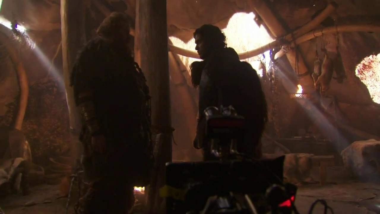 Nuestro querido Jon Nieve (Kit Harington) y Kristofer Hivju como el salvaje conocido como Tormund Giantsbane (¿ Matagigantes ?