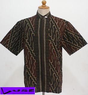 Busana Muslim Koko Motif Batik