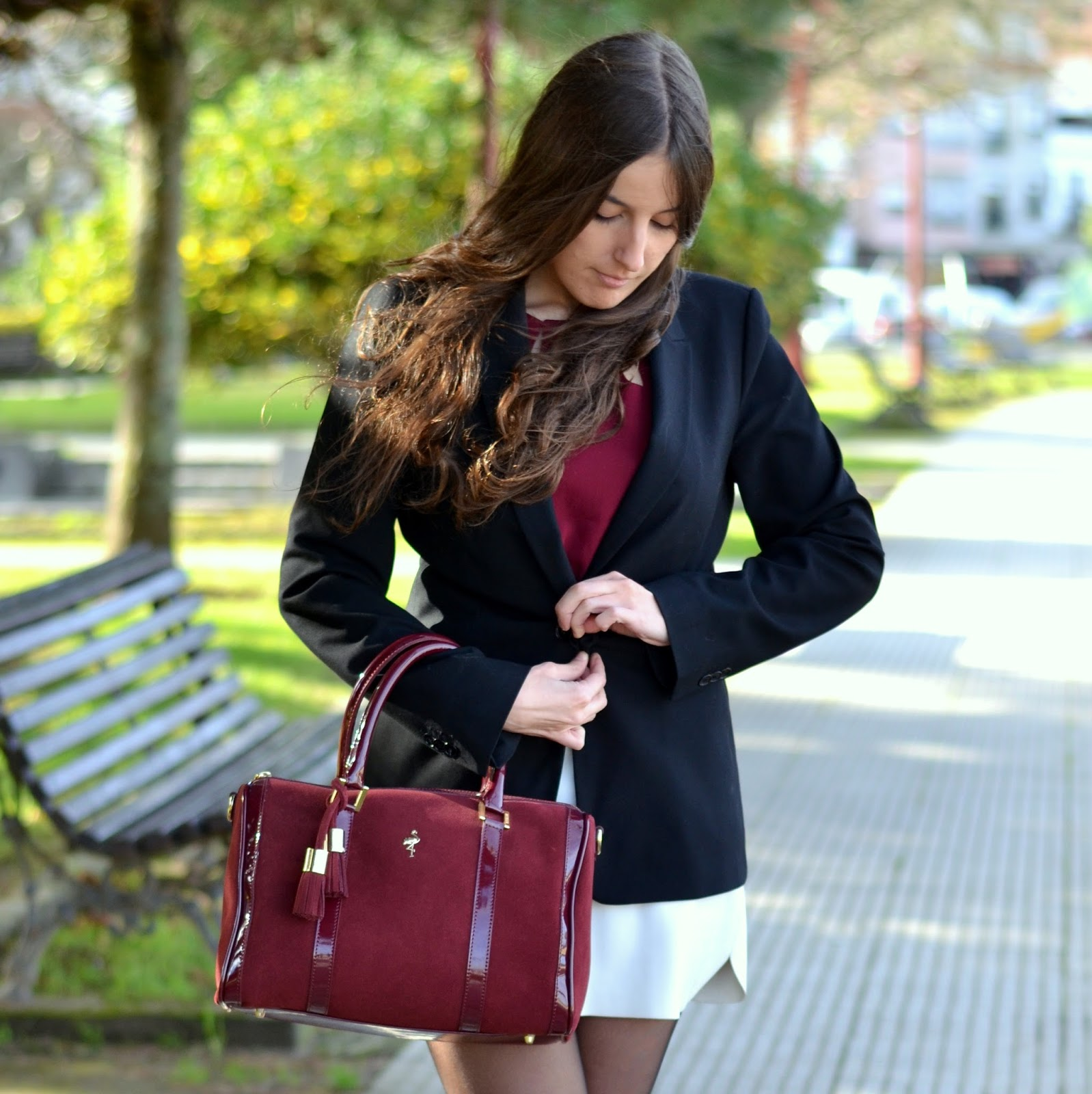menbur burgundy bag, zara black blazer