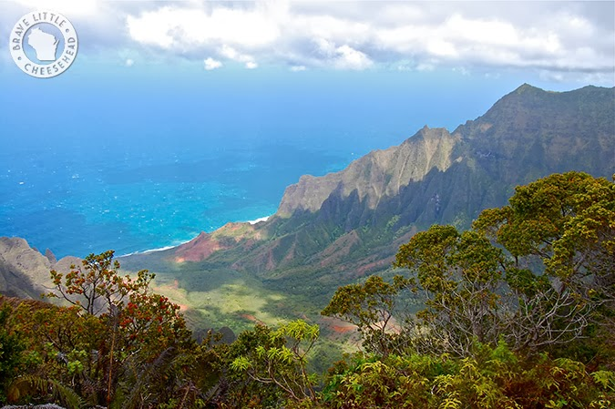 Kalalau Lookout by The Brave Little Cheesehead at www.bravelittlecheesehead.com