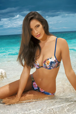 Dutch model Chelina Manuhutu hot body in Marc Andre sexy bikini