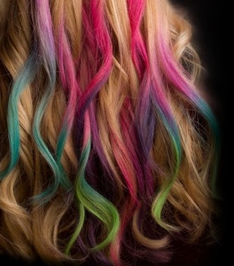 Hair chalks colour rub