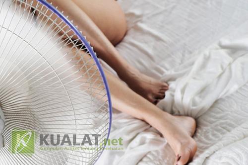 Inilah Kenapa Wanita Terbiasa Tidur Telanjang
