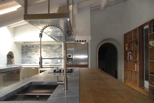 cocina de campo vintage contemporanea-viejo mueble recuperado como isla cocina