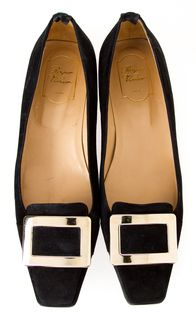 Roger Vivier Pilgrim buckle shoe.