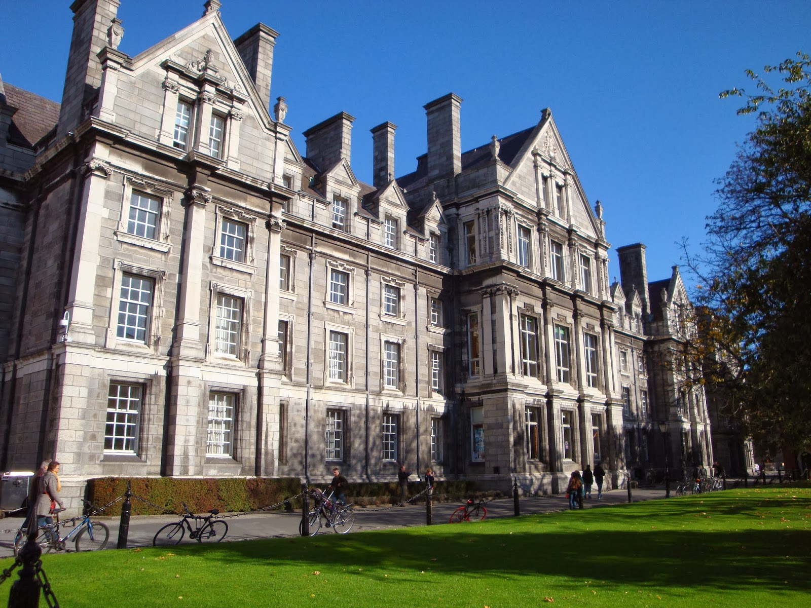 Trinity College. Guía de viaje de Dublín. Tu Maleta.