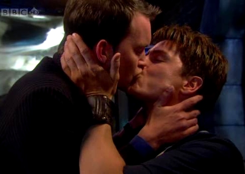 Torchwood gay kiss