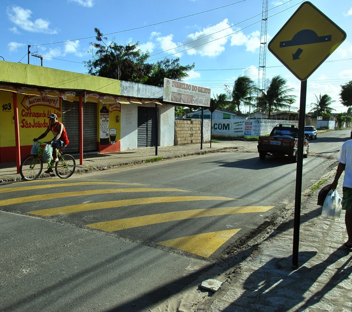 Padre muda horários de missas para tentar proteger população de assaltos no Cidade Verde