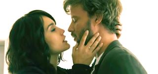 Maria Pablo bacio